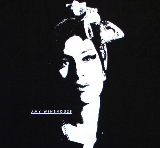 Amy Winehouse / Portrait Tee (Black)