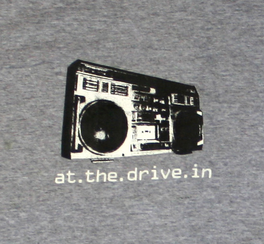 At The Drive In / Vaya Tee (Ringer)