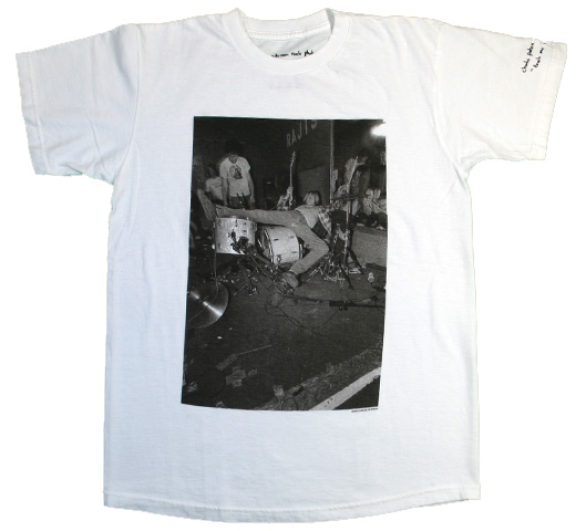 【Charles Peterson】 Kurt Cobain / on Drums Tee (White)