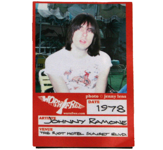【Worn Free】 Johnny Ramone / Denver Tee
