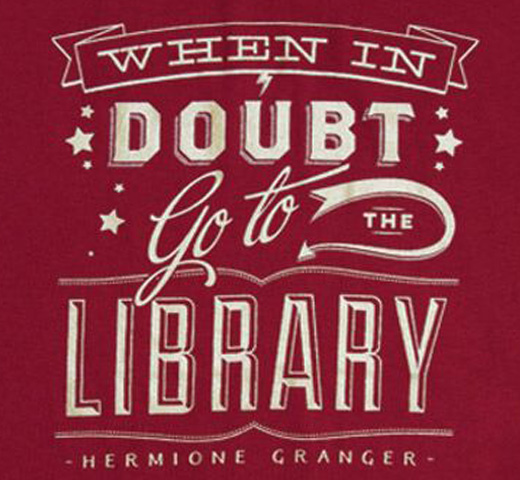 【Out of Print】 Hermione Granger / When in doubt, go to the library Tee (Gryffindor Red)